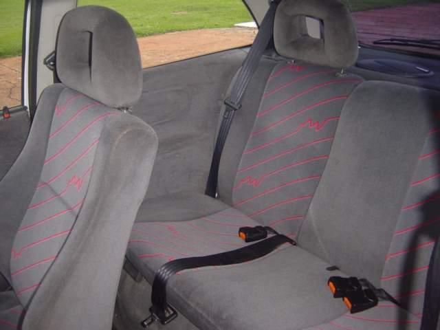 tinta para automoveis fremplast - Automóveis utilizam tecidos à base de PET reciclado