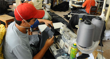 20120313073956711726u - Indústria têxtil se equilibra para sobreviver na guerra com chineses