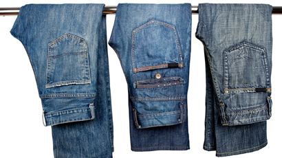 445_am-rule-refresher-jeans_flash
